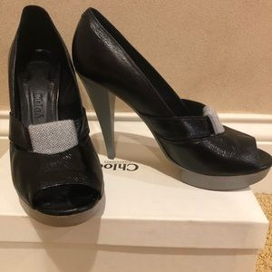 Chloe high heels in black with a grey accent